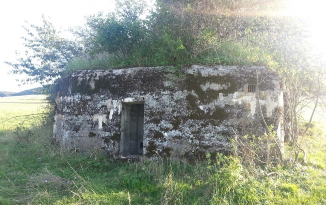 vojenske-bunkre-pri-obci-slanska-huta